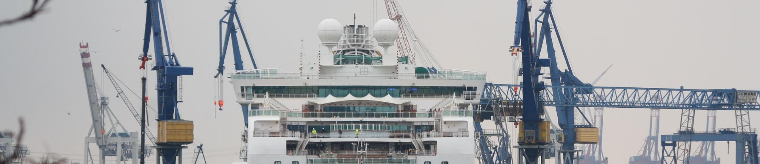 Istituti tecnici » Settore Tecnologico » IT - Trasporti e logistica – Articolazione Costruzione del mezzo opzione Costruzioni navali