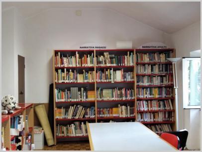 Interno della biblioteca 2