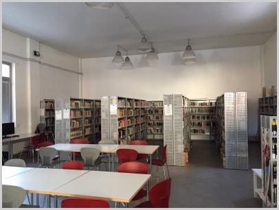 Immagine interno biblioteca 2