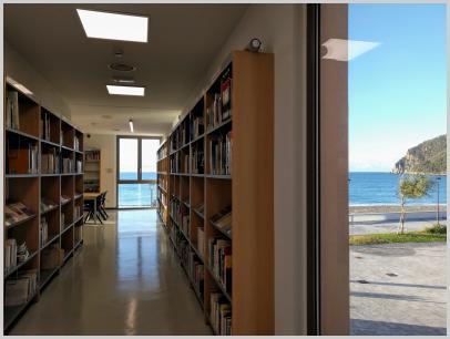 Interno Biblioteca del Mare di Riva Trigoso