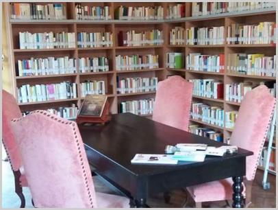 Biblioteca Bertoni interno