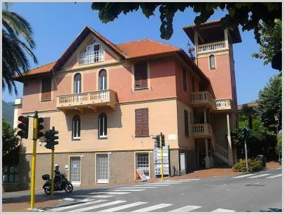 Biblioteca di Santa Margherita, esterno