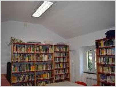 Interno della biblioteca 3
