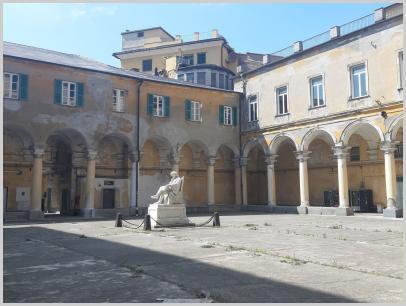 Immagine relativa al Liceo Colombo- chiostro