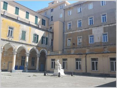 Immagine relativa al Liceo Colombo - chiostro